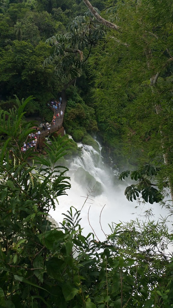 iguazu-falls-16