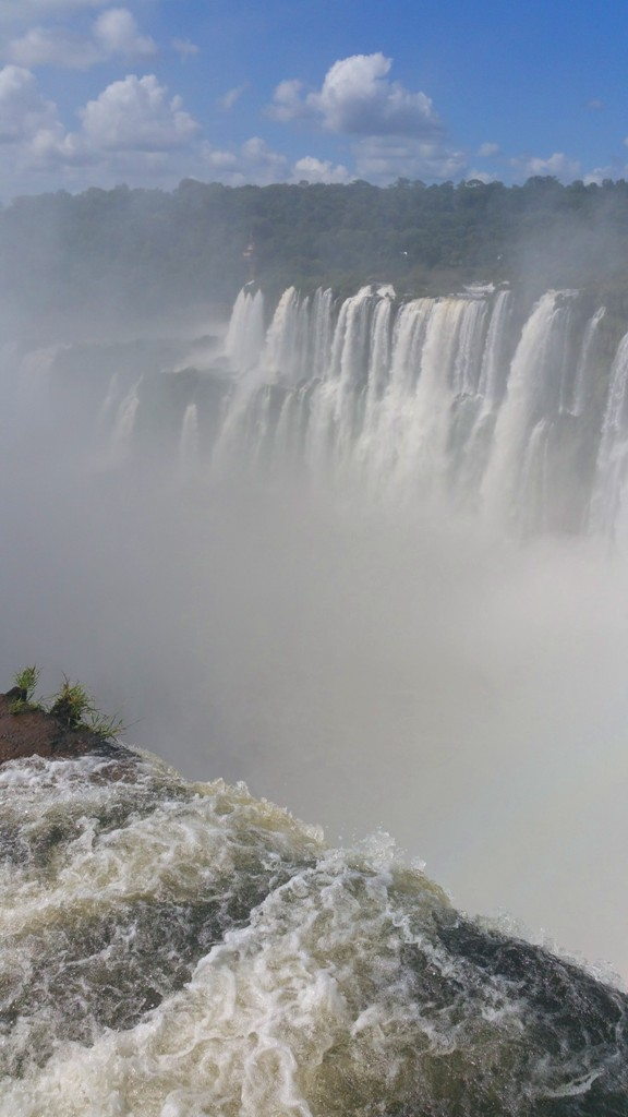 iguazu-falls-19