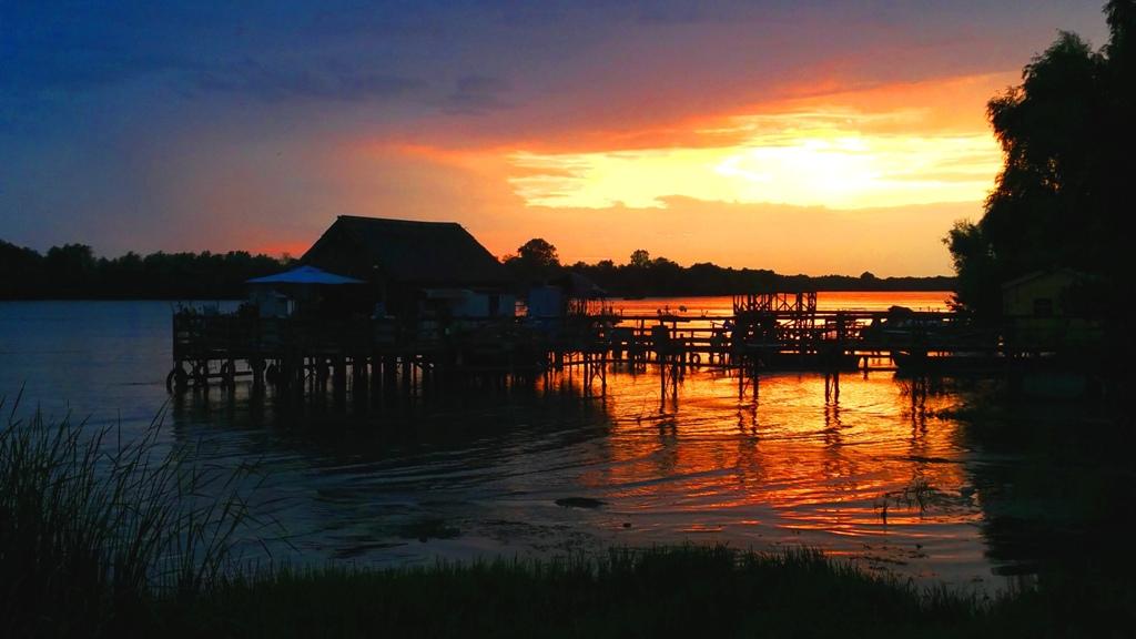 delta_sunset_3