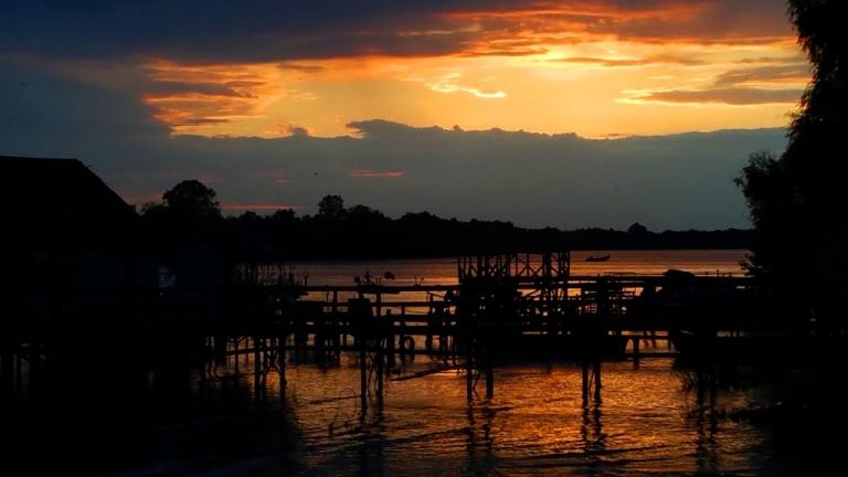 delta_sunset_4
